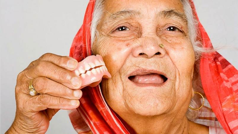 Why Dentures Might Be the Best Option for You